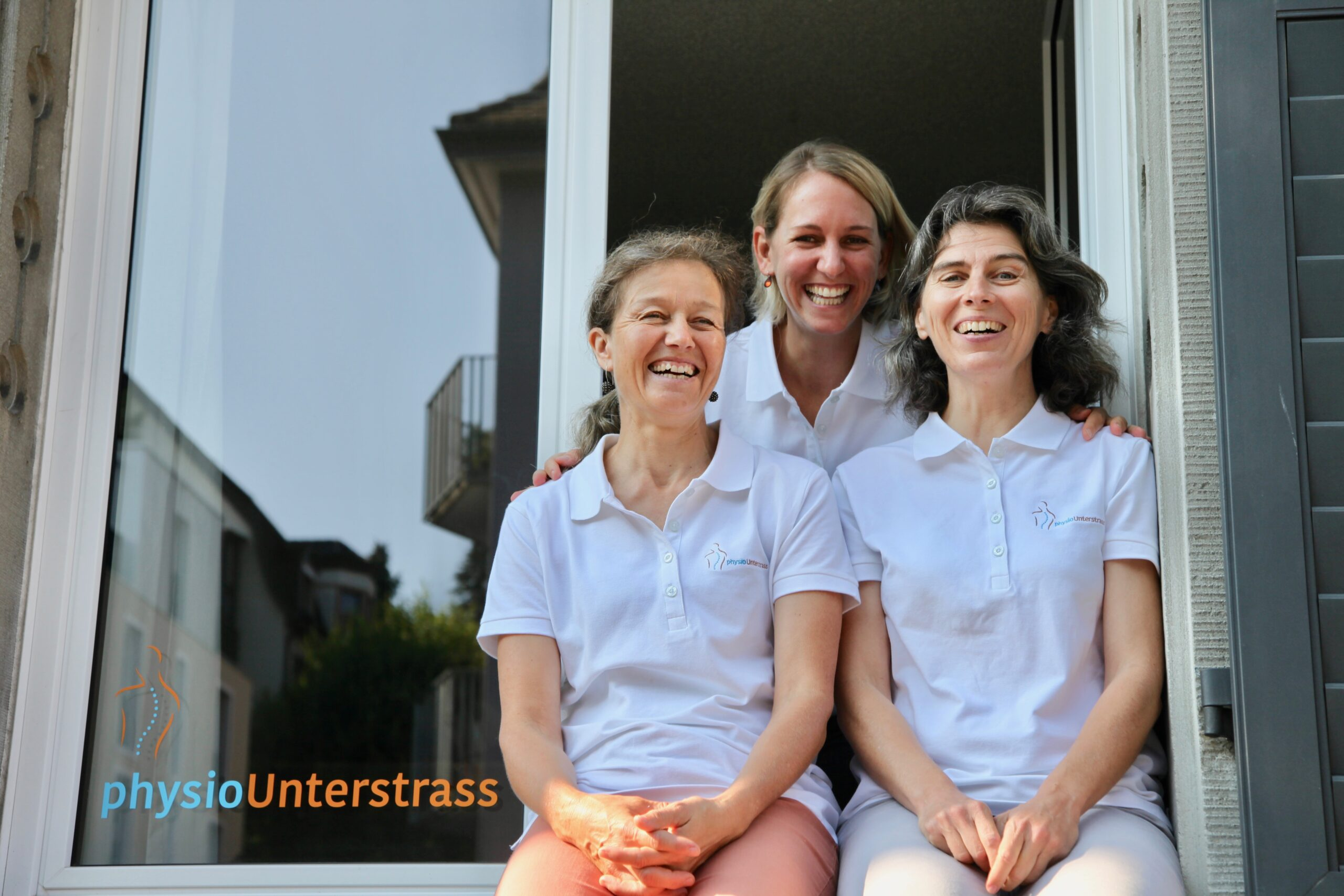 Team Physiopraxis physioUnterstrass in Zürich Unterstrass, Stefi Dalla Torre, Kathrin Grötsch und Cornelia Huber-Pfyffer